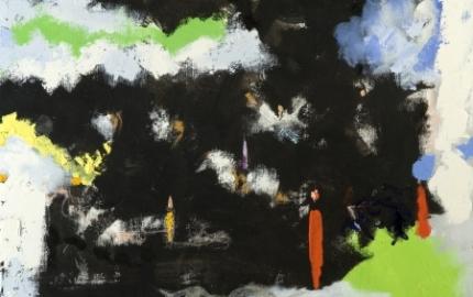 Pintura com silhuetas vermelhas e azuis que pairam em nuvéns brancas num céu negro