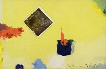 Detalhe dourado com silhueta vermelha de um quadro de Guilherme Parente